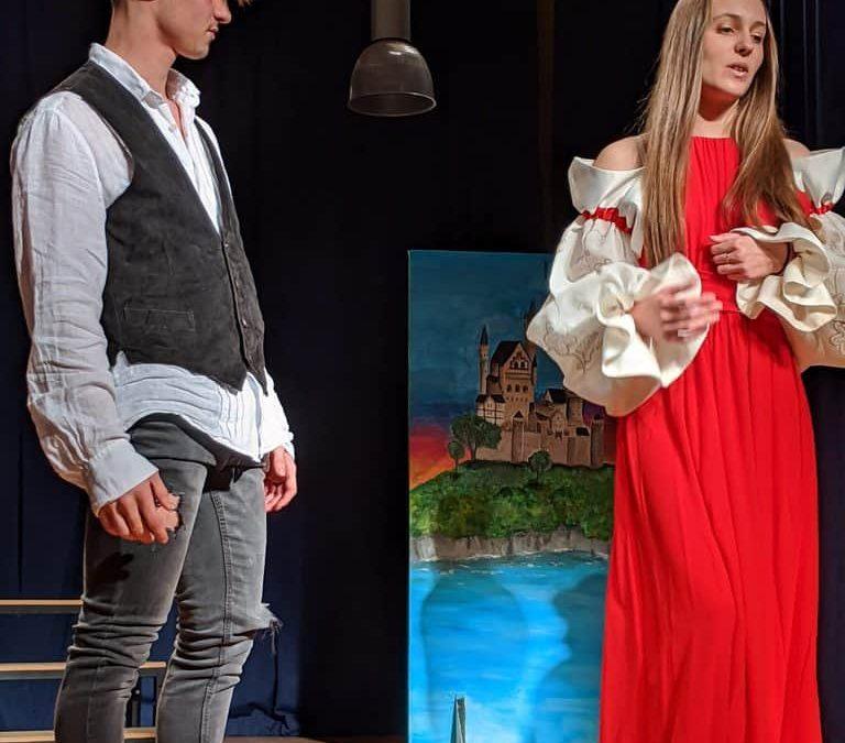 Shakespeare-Theater der 12er Englisch LKs – Rückblick